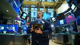 Wall Street abre al alza ante el avance de financieras