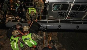 Semar asegura cuatro maletas con cocaína en buque en Michoacán