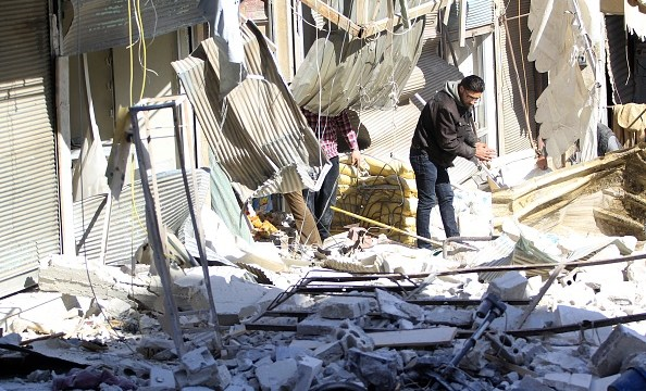 Millones de sirios están expuestos a explosivos abandonados en Siria, alerta ONU