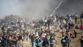 Palestinos reanudan la Gran Marcha del Retorno en Gaza; hay siete muertos
