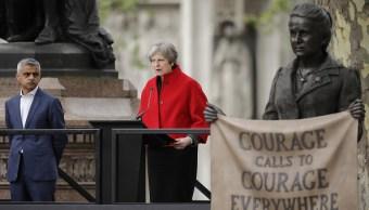 May afirma que Salisbury, donde fueron envenenados los Skripal, es seguro