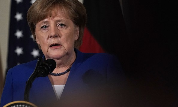 Merkel propone a EU acuerdo para evitar aranceles de acero: Diario Welt