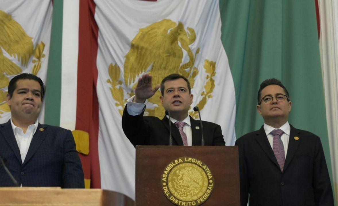 Ratifican a José Ramón Amieva como jefe de Gobierno de la CDMX