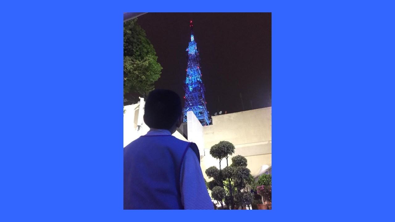 antena televisa chapultepec se ilumina azul autismo