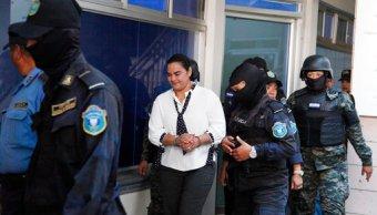 Revocan recurso de apelación a procesamiento contra exprimera dama hondureña