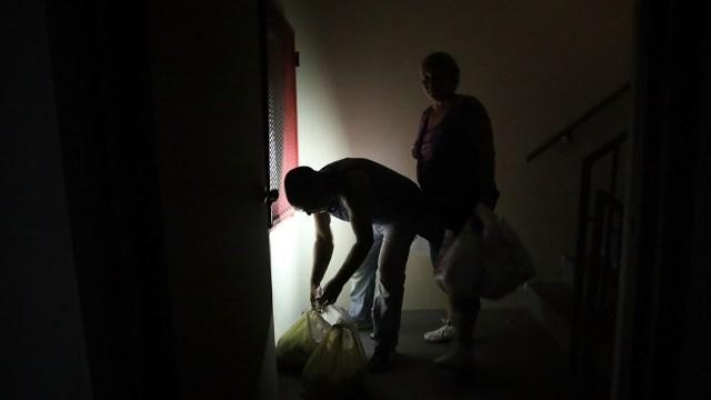 Puerto Rico sufre apagón; luz se restablecería entre 24 a 36 horas