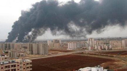 Ataque con misiles contra aeropuerto deja varios muertos y heridos en Siria
