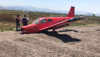 Aeronave aterriza de emergencia en Toluca, Estado de México