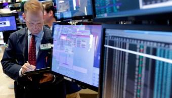 Bolsa de Nueva York inicia la semana con ganancias