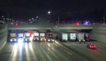 camioneros-detienen-intento-suicidio-mitad-carretera