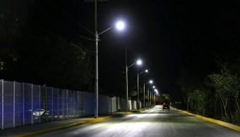 Hallan cinco cuerpos dentro de un vehículo abandonado en Cancún