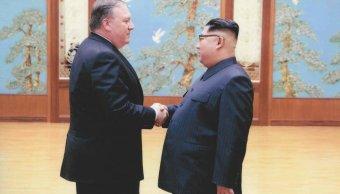 Casa Blanca publica fotos encuentro Pompeo y Kim Jong Un