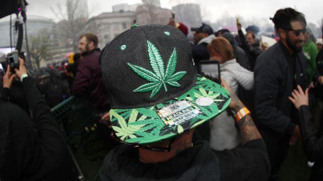 4 20 movimiento que celebra dia internacional marihuana