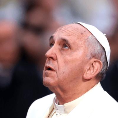El papa defiende a pobres e inmigrantes en tercera exhortación apostólica