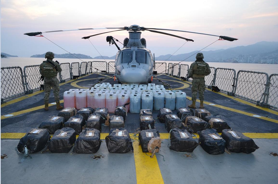 Aseguran media tonelada de cocaína en mar de Acapulco