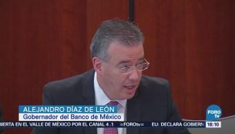 Gobernador de Banxico comparece ante senadores