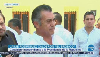 Jaime Rodríguez recorre el centro histórico de Oaxaca