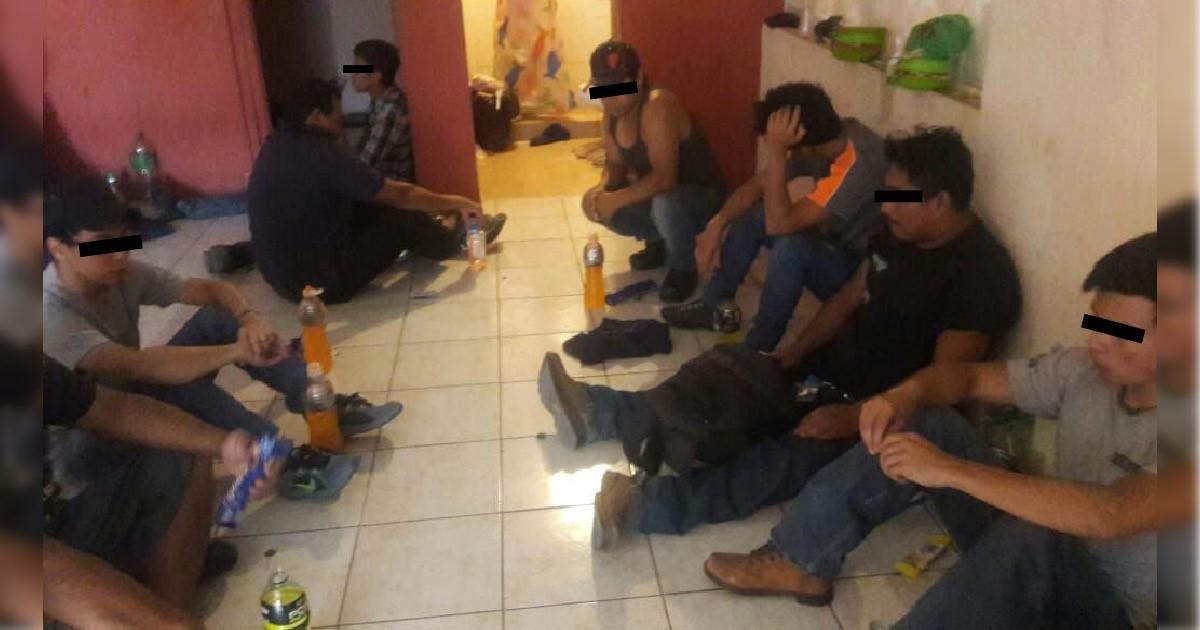 Rescatan a 13 indocumentados retenidos en Aldama, Chihuahua (Fiscalía Chihuahua)