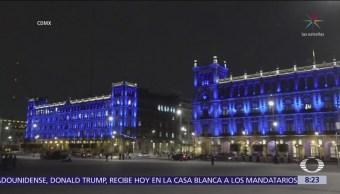 Monumentos se iluminan de azul por el Día Mundial del Autismo