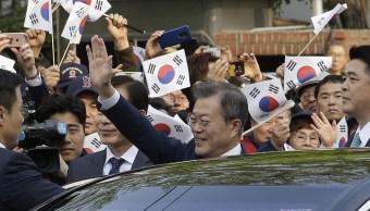 Presidente surcoreano Moon Jae in parte cumbre Kim Jong Un