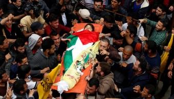 Muere joven palestino tras disparo israelí en cabeza en protestas de Gaza