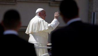 Papa Francisco reúne víctimas abusos sexuales cura chileno