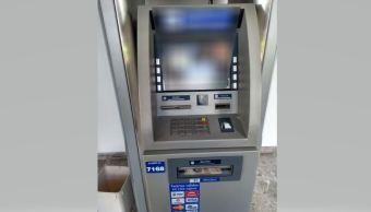 Policía de la SSPCDMX devuelve cinco mil pesos