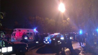 Hombre agrede a policía dentro de patrulla y muere Iztapalapa