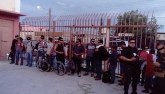 Rescatan a 13 indocumentados retenidos en Aldama, Chihuahua
