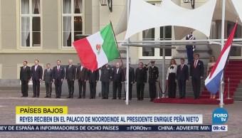 Reyes reciben en el Palacio de Noordeinde al presidente Peña Nieto