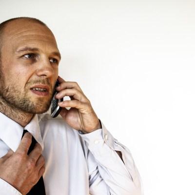 ¿Cómo evitar las (odiosas) llamadas de los bancos?