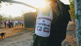 Refuerzan seguridad en escuelas de Guerrero ante ola de violencia