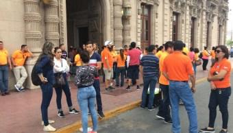 Maestros del SNTE paran labores en Chihuahua para exigir pagos atrasados