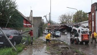 Fuerte temporal en Buenos Aires deja 2 muertos y numerosos daños