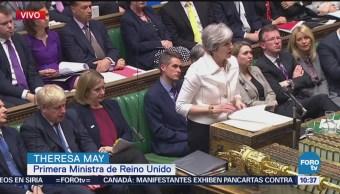 Theresa May comparece ante el Parlamento por el bombardeo en Siria