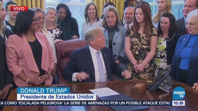 Trump firma ley de combate al tráfico sexual de niñas