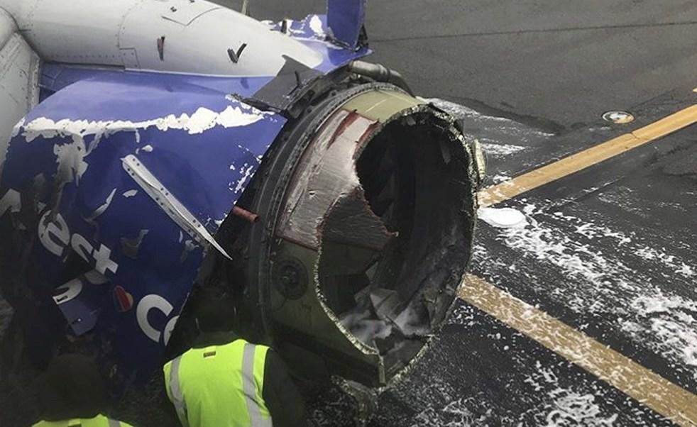 Avión aterriza de emergencia por problema con motor en Philadelphia