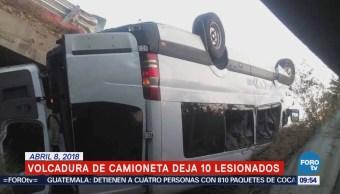 Volcadura de camioneta deja 10 lesionados en Oaxaca
