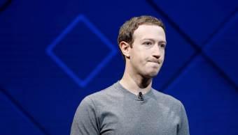 Zuckerberg asegura que aún es persona adecuada dirigir Facebook