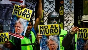 con megamentada migrantes rechazan construccion muro trump