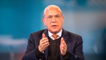 OCDE mejora previsiones para México, exhorta más reformas