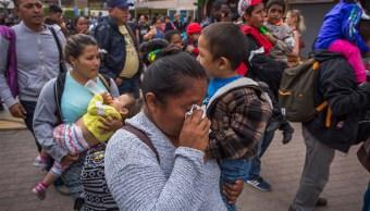 Migrantes centroamericanos buscan asilo político en EU