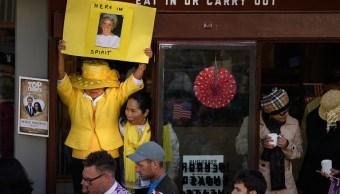 Pueblo de Windsor recuerda a Lady Di en la boda de su hijo pequeño