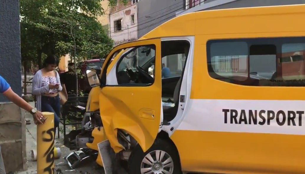seis personas resultan lesionadas choque vehiculo escolar guadalajara