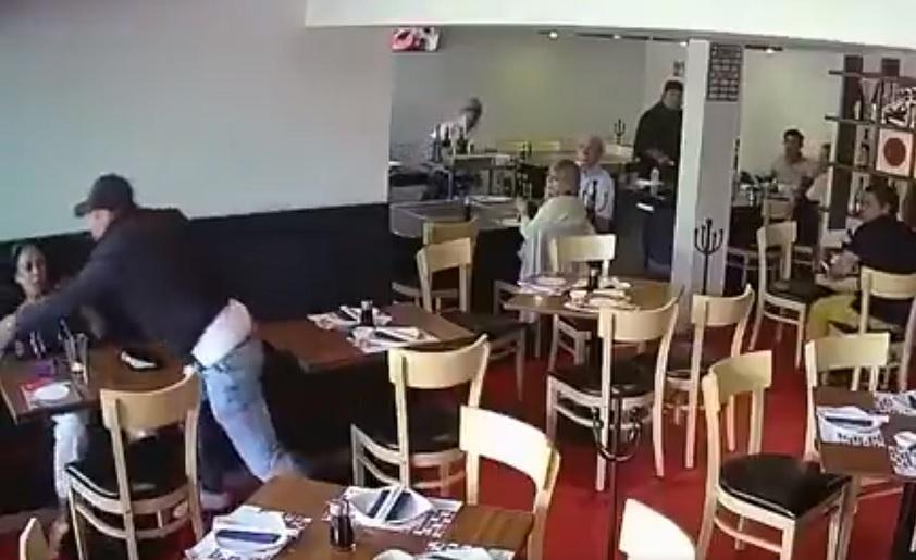 Investigan asalto en restaurante de Fuentes del Pedregal