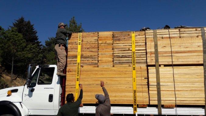 Aseguran madera aserrada en el Edomex