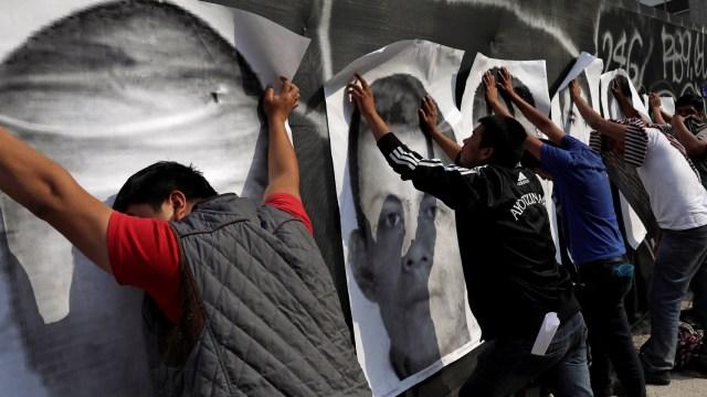 México reafirma compromiso para esclarecer caso Ayotzinapa