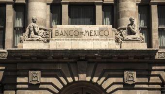 Bajan reservas internacionales a 172 mil 913 mdd: Banxico