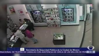 Captan modus operandi de ladrones de celulares en la CDMX
