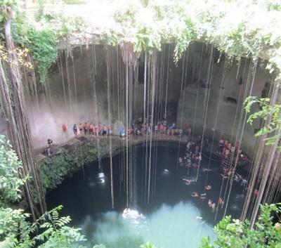 Realizan acciones de saneamiento en cenotes de Yucatán